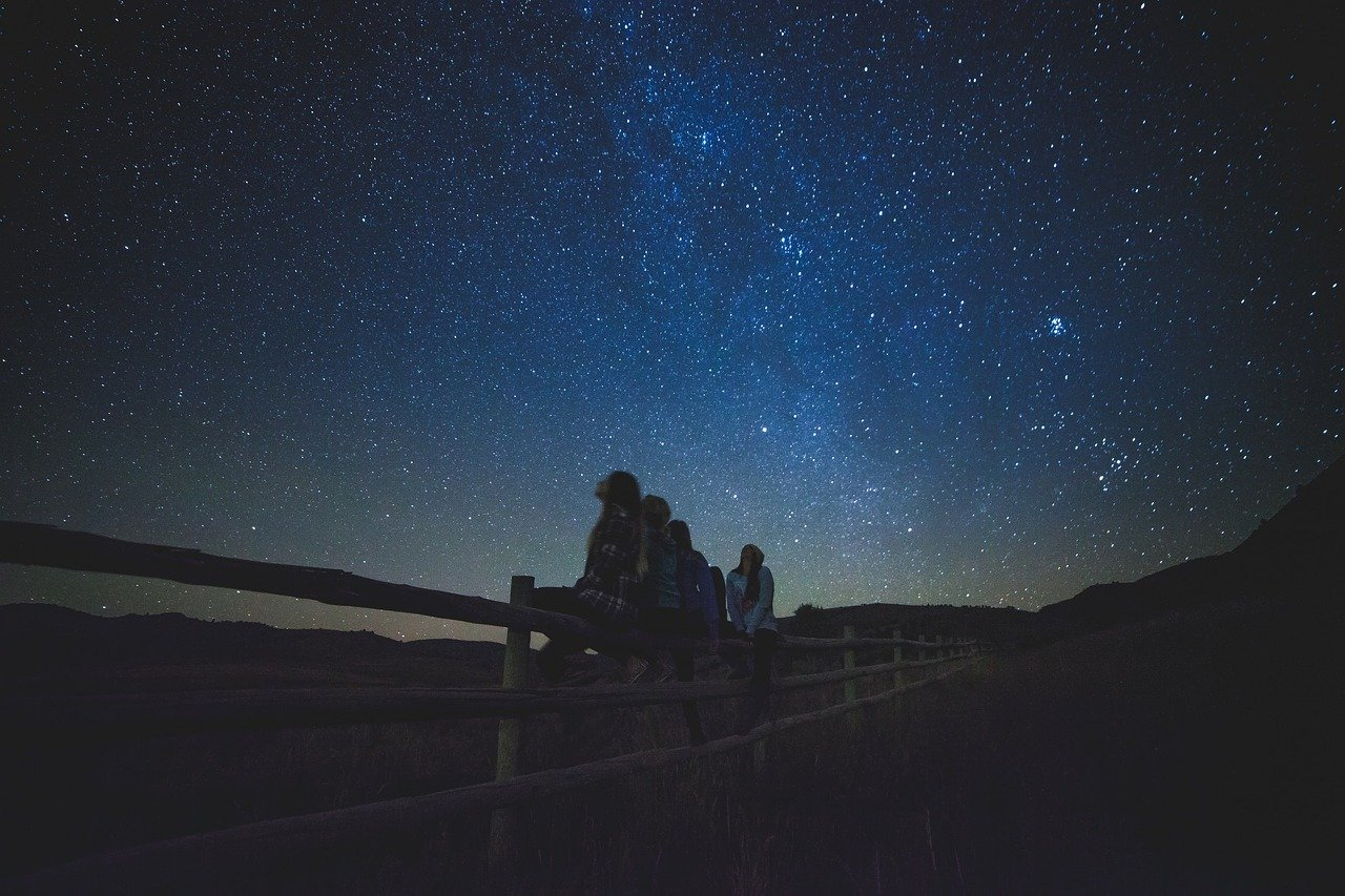 【天体観測】星を見に行く準備・あると便利な星空アイテム